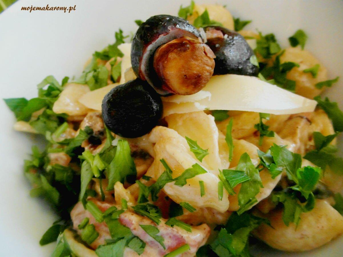 makaron-grzyby