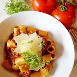 spaghetti-bolognese-2