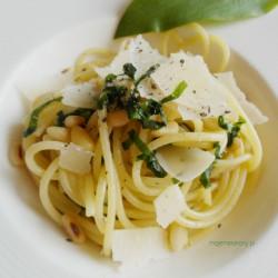 spaghetti-z-czosnkiem-niedzwiedzim