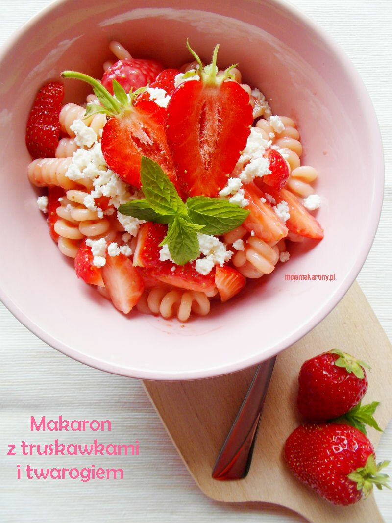 makaron-truskawki
