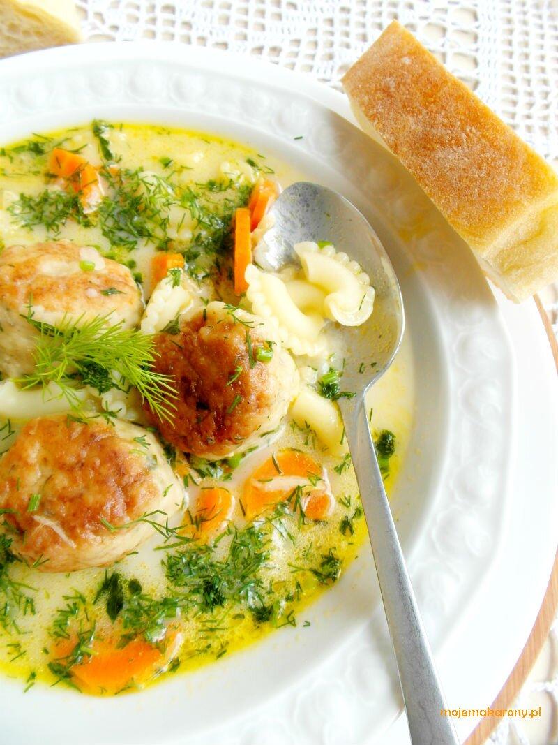 zupa-z-klopsami
